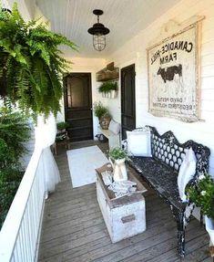 Front porch design Small Front Porches, Farmhouse Front Porches, Country Porches, Front Deck, Front Entry, Front Porch Makeover, Porch Decorating, Decorating Ideas, Decor Ideas
