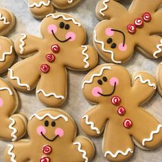 Gingerbread cookies are too stinkin' cute not to share! Gingerbread Cookies, Christmas Holidays, Sugar, Decorating, Baking, Desserts, Food, Cookies, Xmas