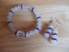 White agate and clear quartz elasticated bracelet £5.00