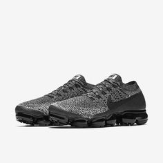 Products engineered for peak performance in competition, training, and life. Shop the latest innovation at Nike.com. Women Running Shoes, Mens Running, Nike Basketball Shoes, Nike Shoes, Cookies And Cream, Nike Air Vapormax, Tenis Nike Air, Nike Kicks, Nike Free