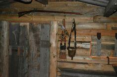 Duane Richardson's Trappers Cabin Camping Images, Longhunter, Fur Trade, Primitive Survival, Trading Post, Workshop Ideas, Mountain Man, Log Cabins, Old West