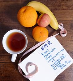 Most efficient healthy natural metabolism boosting foods, drinks ans spices that help to burn calories and lose weight easily. Metabolism Boosting Foods, Metabolism Booster, Boost Your Metabolism, Ways To Increase Metabolism, Fast Metabolism Diet, Basal Metabolic Rate, Metabolic Diet, Metabolic Syndrome, Food That Causes Inflammation