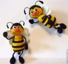 """Купить Брошь валяная"""" Пчелка"""" - Валяние, валяная игрушка, игрушка ручной работы…"""