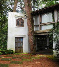 Studio Annex of Bawa's Lunuganga Tropical Architecture, Sustainable Architecture, Amazing Architecture, Vernacular Architecture, Landscape Architecture, Interior Architecture, Outdoor Rooms, Outdoor Gardens, Outdoor Decor