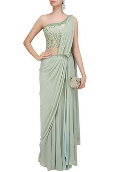 Mandira Wirk presents Pastel green mukaish embroidered one shoulder drape saree available only at Pernia's Pop Up Shop. Saree Draping Styles, Drape Sarees, Drape Gowns, Draped Dress, Saree Styles, Saree Jackets, Saree Gown, Lace Saree, Modern Saree