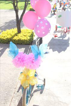 globos triciclo flores primavera diy