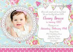Shabby Chic primer cumpleaños invitación invitación imprimible. Artísticamente inspirado en patrones vintage con un toque divertido y
