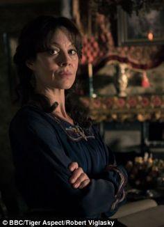 Peaky Blinder   Aunt Polly Gray (Helen McCrory)