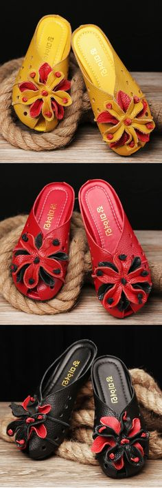 SOCOFY Leather Hollow Out Breathable Flower Retro Soft Backless Loafers