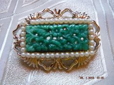 Vintage Asian Molded Peking Jade Art Glass Floral Faux Pearl Brooch/Pin c1960s £24.99 (BOA)