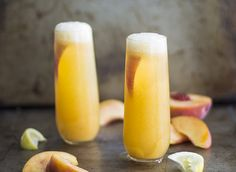 How to Make a Peach Bellini (with Pictures) | eHow