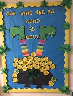 Summer Bulletin Boards For Daycare Discover 20 St. Patricks Day Bulletin Board Ideas to spread Irish Luck in your classroom - Hike n Dip When Your Kids are As Good As Gold Birthday Chart Classroom, Birthday Bulletin Boards, Spring Bulletin Boards, Preschool Bulletin Boards, Birthday Board, Classroom Door, March Bulletin Board Ideas, Kindergarten Classroom, Birthday Charts