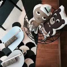 Wire kori, kaverukset Mr. Kissa ja Mr. Karhu hienopöksy ja kätevä rikkalapio setti Design Boulevard.