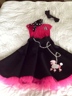 My father and daughter dance dress looks exactly like that Dance Outfits, Dance Dresses, Summer Dresses, Sock Hop Outfits, Grease Outfits, Fifties Party, Sock Hop Party, Pageant Wear, Daddy Daughter Dance