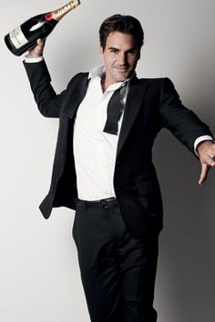 Roger Federer named MOET & CHANDON brand Ambassador with photos and behind the scenes video by renowned photographer Patrick Demarchelier. Roger Federer, Most Beautiful Man, Gorgeous Men, Beautiful People, Patrick Demarchelier, Moet Chandon, Champagne Brands, Mode Glamour, Rip Paul Walker