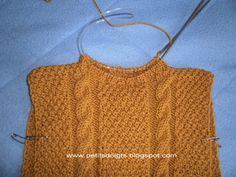 Discover recipes, home ideas, style inspiration and other ideas to try. Pull Torsadé, Couture Sewing, Pullover, Crochet Top, Knitting, Sweaters, Tops, Women, Top Diy