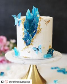 Butterfly Birthday Cakes, Blue Birthday Cakes, Elegant Birthday Cakes, Beautiful Birthday Cakes, Butterfly Cakes, Beautiful Cakes, Amazing Cakes, Birthday Cake Designs, Beautiful Cake Designs