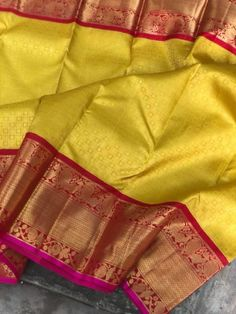 Online shopping from a great selection at Clothing & Accessories Store. Kanjivaram Sarees Silk, Mysore Silk Saree, Indian Silk Sarees, Kanchipuram Saree, Soft Silk Sarees, Yellow Saree Silk, Gold Silk Saree, Wedding Silk Saree, White Saree