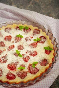 Clafoutis cu căpșuni - un desert cremos și delicios | Bucate Aromate Pie, Snacks, Dolls, Healthy, Sweet, Desserts, Food, Gourmet, Torte