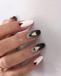 Gorgeous 30 Extraordinary Black White Nail Designs Ideas Just For You Black And White Nail Designs, Black White Nails, Black Gold, Stylish Nails, Trendy Nails, Cute Nails, Hair And Nails, My Nails, Almond Shape Nails