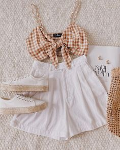 mil Me gusta, 76 comentarios - 💞Fashion Cute Comfy Outfits, Cute Summer Outfits, Girly Outfits, Pretty Outfits, Stylish Outfits, Beautiful Outfits, Girls Fashion Clothes, Teen Fashion Outfits, Cute Fashion