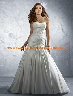 Italienische elegante Brautmode A-Linie aus Satin mit Applikation online 2013