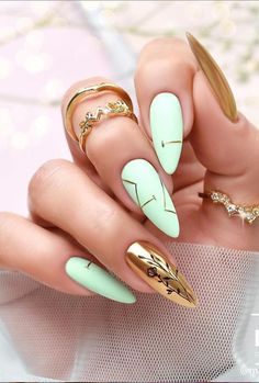 New and Fresh Designs To Enhance Your Almond Nails Part 13 ; almond nails french tip; Almond Nails French, French Nails, Best Acrylic Nails, Acrylic Nail Designs, Perfect Nails, Gorgeous Nails, Cute Nails, Pretty Nails, Nagellack Design