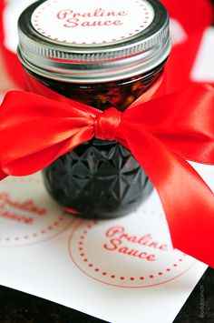 Praline Sauce Recipe + Printable_  Okay, so my handmade gifts list just wouldn't be the same without this Praline Sauce. Oh my goodness gracious! It is one of those things that you'll want to keep on hand for any celebration you can think of for the future.