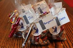 My son took an indoor rock climbing class last winter, so we decided to have a rock climbing birthday party. I started this post and never got around to publishing it, so here it is! Our local rec… Birthday Party Favors, Birthday Invitations, Birthday Parties, Party Favours, 11th Birthday, Birthday Fun, Birthday Ideas, Rock Climbing Cake, Climbing Wall