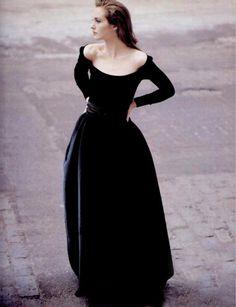 Cecilia Chancellor by Oberti Gili for New York Magazine March 1998 - this neckline