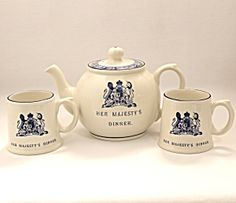 Royal Collection Queen's Menus Teapot and Tea Cups