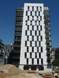 apartment building facade - Поиск в Google
