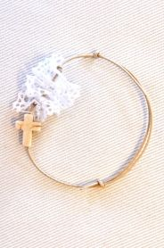 Μαρτυρικό Βάπτισης με Δαντέλα L682 Lovely Things, Christening, Weddings, Princess, Bracelets, Gold, Jewelry, Bangle Bracelets, Jewellery Making