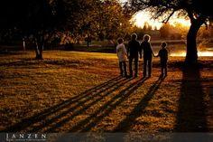 fam photo, fall family photos, awesom shadow, famili pictur, photographi idea, fall famili, pictur idea, photo idea, famili photo