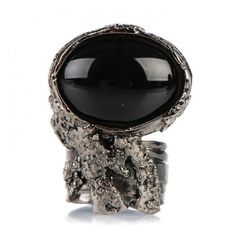 YVES SAINT LAURENT Glass Cabochon Arty Ovale Ring 7 Gunmetal Black ❤ liked on Polyvore featuring jewelry, rings, cabochon rings, yves saint laurent jewelry, gun metal jewelry, yves saint-laurent ring and cabochon jewelry