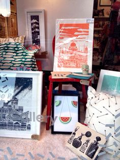 Red door gallery -  another brilliant shop in Edinburgh directly supporting illustrators! Edinburgh, Illustrators, Gift Wrapping, Display, Gallery, Creative, Shop, Red, Window