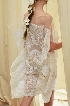 Pretty #haute #couture #designer #dress #fashion #show #bride #bridal #wedding #prom #gown #bridesmaid #runaway #collection