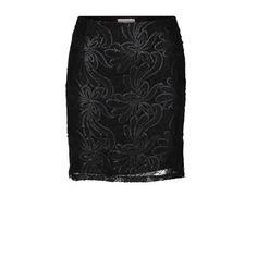 68df12a2f29edf 11 beste afbeeldingen van Zwarte kanten top - Dress skirt