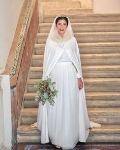Discover the advantatges of a Winter Wedding in our new post. Bridesmaid Dresses, Wedding Dresses, Getting Married, Winter Weddings, Bridal, Beautiful, Instagram, Fashion, Party Dresses