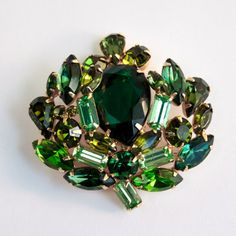 Vintage Signed WEISS Rhinestone Brooch - Shades of Green by PinkAstilbe
