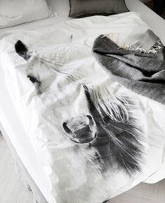 Love this horse duvet cover