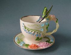 50 Most Beautiful Crockery item for your kitchen Coffee Cups And Saucers, Tea Cup Saucer, Tea Cups, Cute Teapot, My Cup Of Tea, Russian Art, Tea Party, Retro Vintage, Tableware