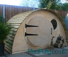 Hobbit Hidey Hole Playhouse Garden Den van MudPutty op Etsy