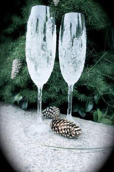 Winter Wonderland Wedding Glasses.Sparkly Champagne by Alantida, $50.00