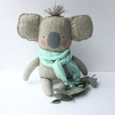 Koala toy, plush baby toy Koala linen toy, cuddly cute baby koala. Neutral color and mint. Baby shower, birthday gift