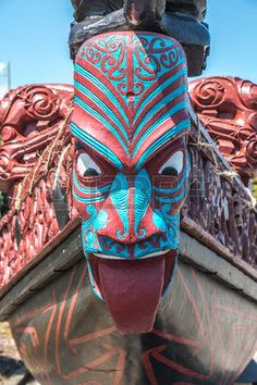 tiki figures: New Zealand Maori boat carving - Modern Hawaiian Tribal Tattoos, Samoan Tribal Tattoos, Dragon Sleeve Tattoos, Tribal Sleeve Tattoos, Maori Face Tattoo, Maori Tattoos, Kia Ora, Son Hak, Ancient Greek Sculpture