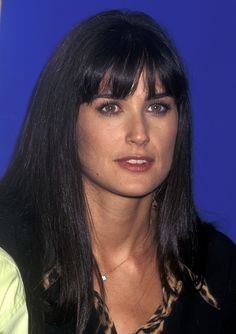 """A signature Demi Moore hairstyles include is her central parted, long and sleek hair. In addition to that she hasRead More Stunning Demi Moore Hairstyles"""" Square Face Hairstyles, Straight Hairstyles, Demi Moore Hair, Demi Moore Bikini, Demi More, Amanda Redman, Beautiful Celebrities, Beautiful Women, Her Cut"""