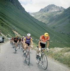 Jacques Anquetil in proto-Rapha leading the pack! He rode for Saint - Raphael 1959 and 1960.