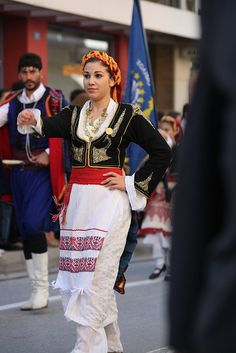 oxi_day_parade_048 by cinematographer, via Flickr Greek Costumes, Dance Costumes, Greek Apparel, Greece Islands, Greek Clothing, Folk Costume, Crete, Traditional Outfits, Switzerland
