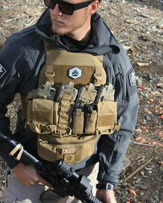 Some survival gear Tactical Life, Tactical Belt, Tactical Clothing, Plate Carrier Setup, Battle Belt, Airsoft Gear, Tac Gear, Tactical Equipment, Military Gear
